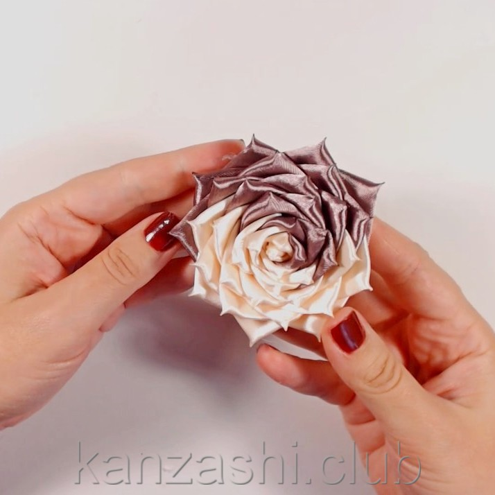 канзаши из лент своими руками фото и описание